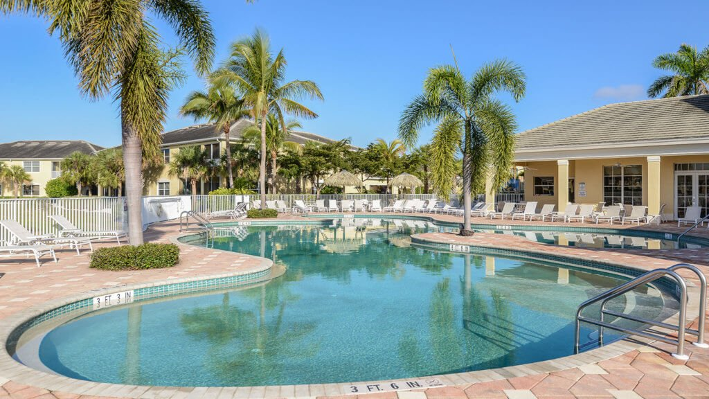 Lucaya in Fort Myers - Pool Area